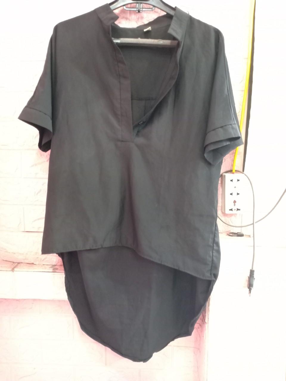 áo bầu đen.jpg