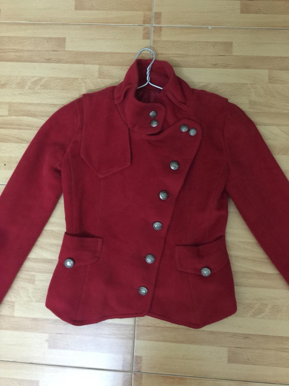 áo dạ đỏ.jpg