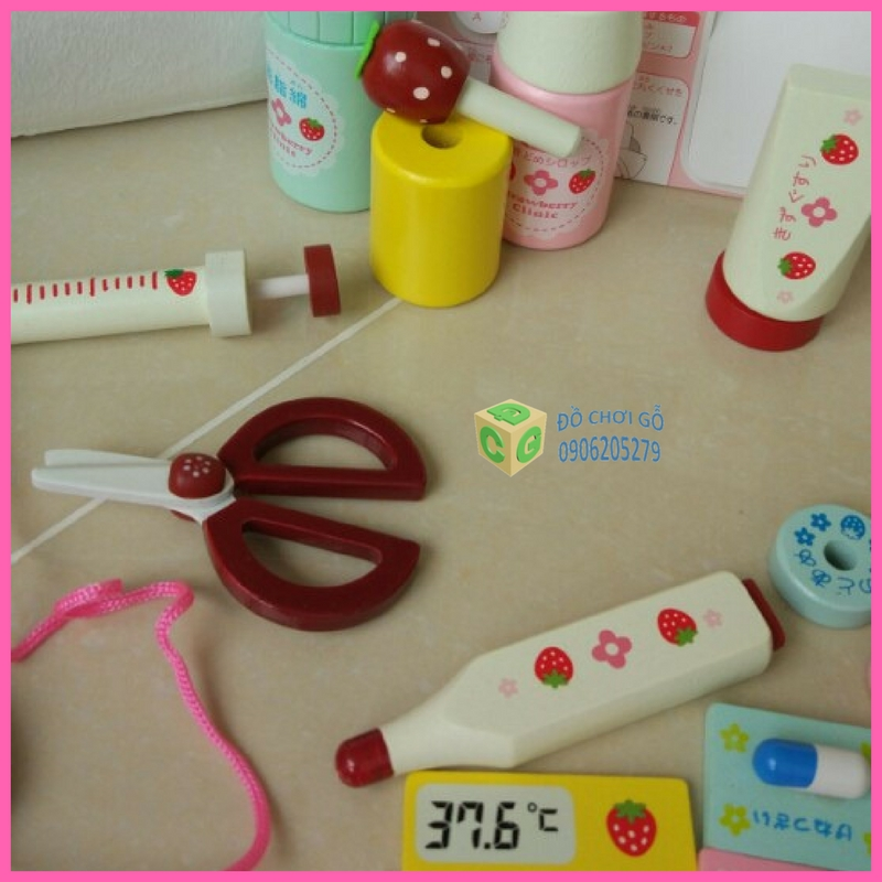 Bộ đồ chơi bác sỹ Mother Garden 4.jpg