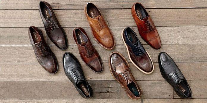 có-nên-bán-giày-online-3.jpg