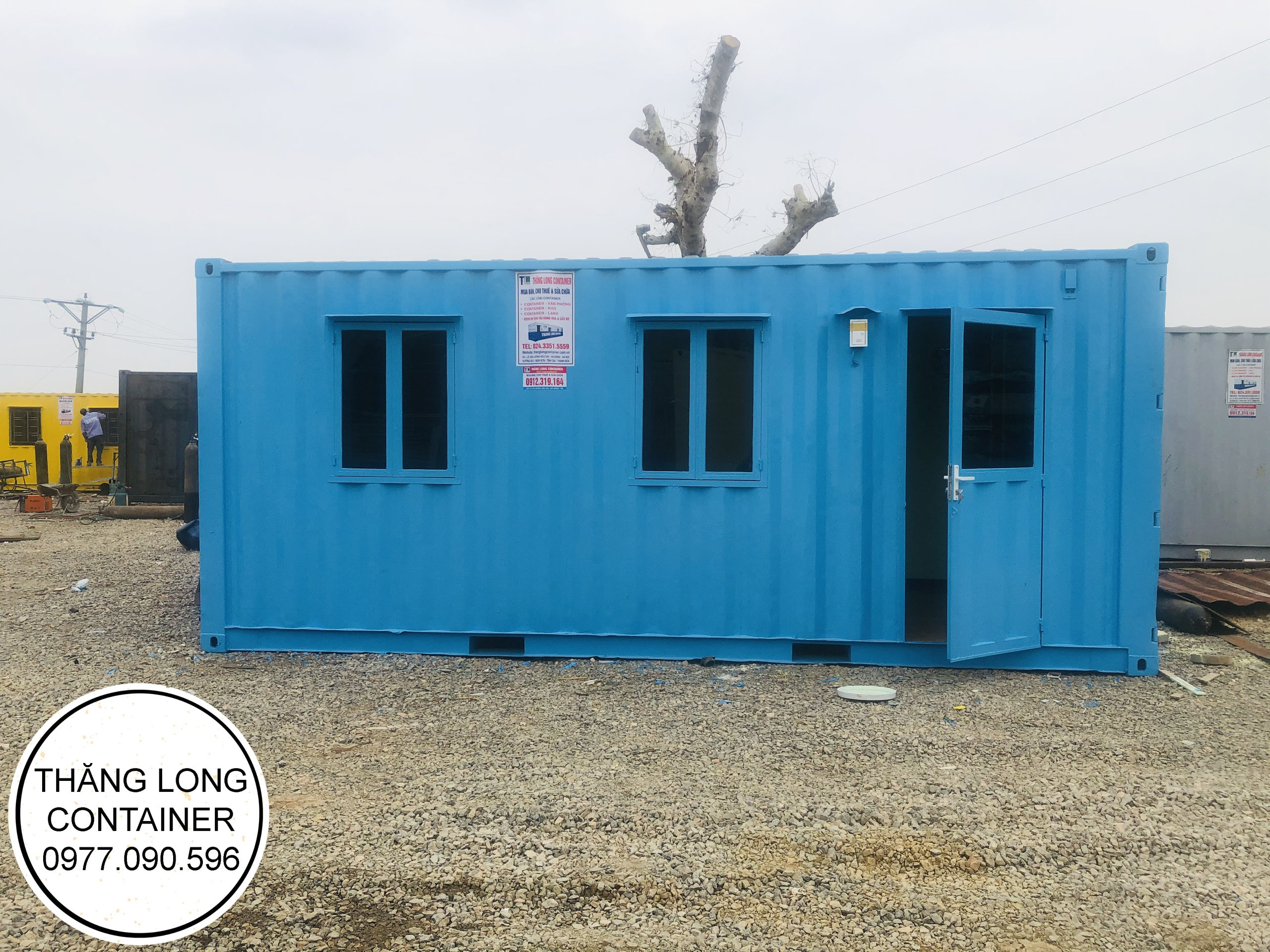 CONTAINER 077.jpg