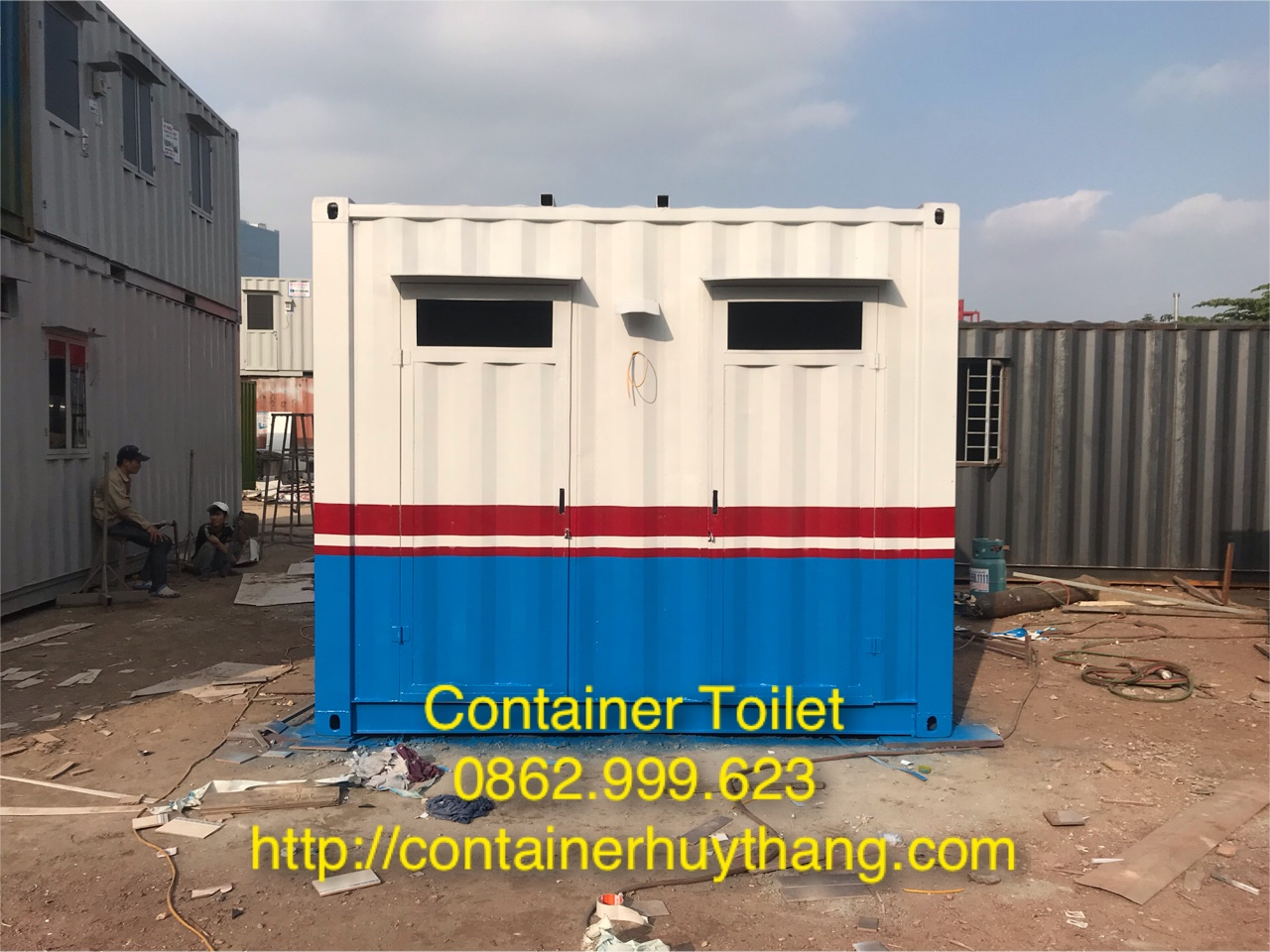 Container toilet.jpg