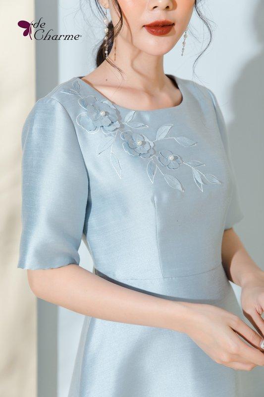 đầm Lux xanh Decham hoa thuê ngực.jpg