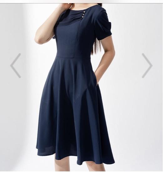 Đầm xòa xanh L rộng, fiona.jpg