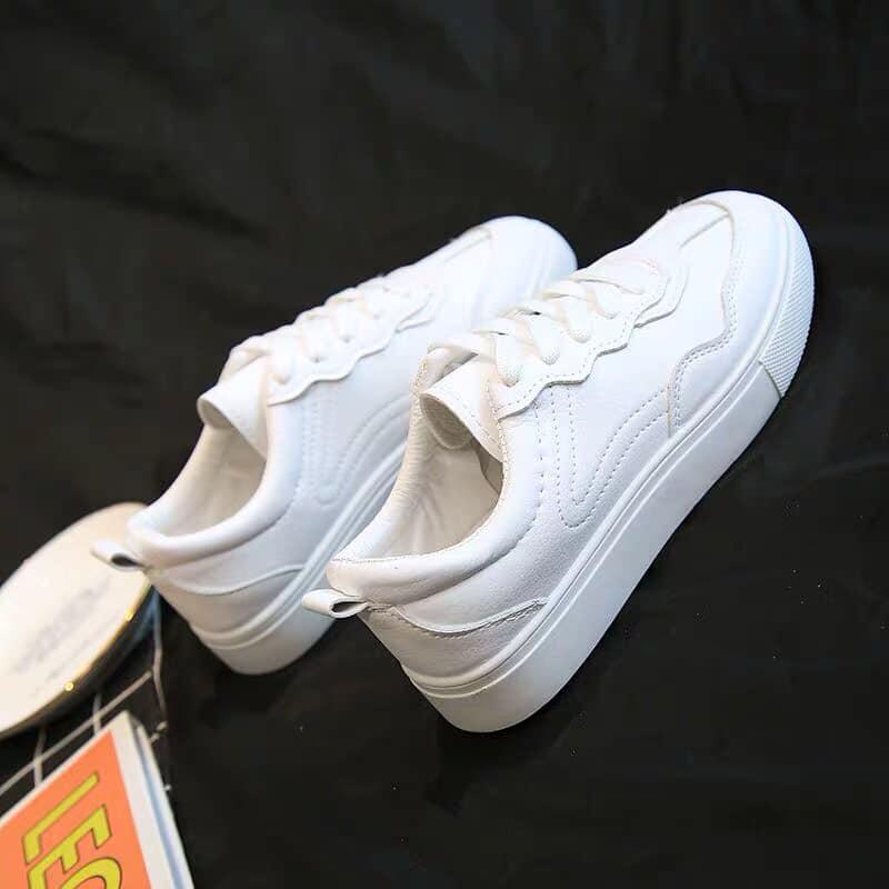 giày xinh.jpg