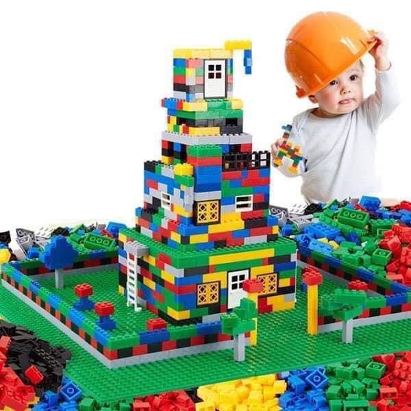 lego-100-chi-tiet.jpg