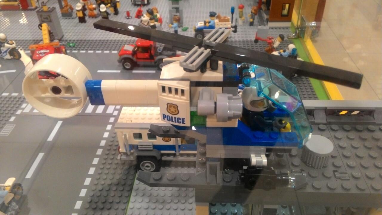 Lego maybay.jpg