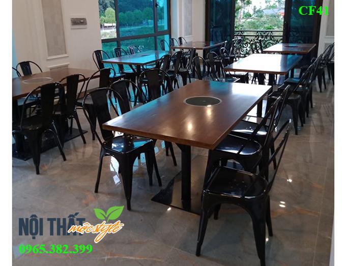 Nhà-hàng-đẹp-với-ghế-tolix.jpg