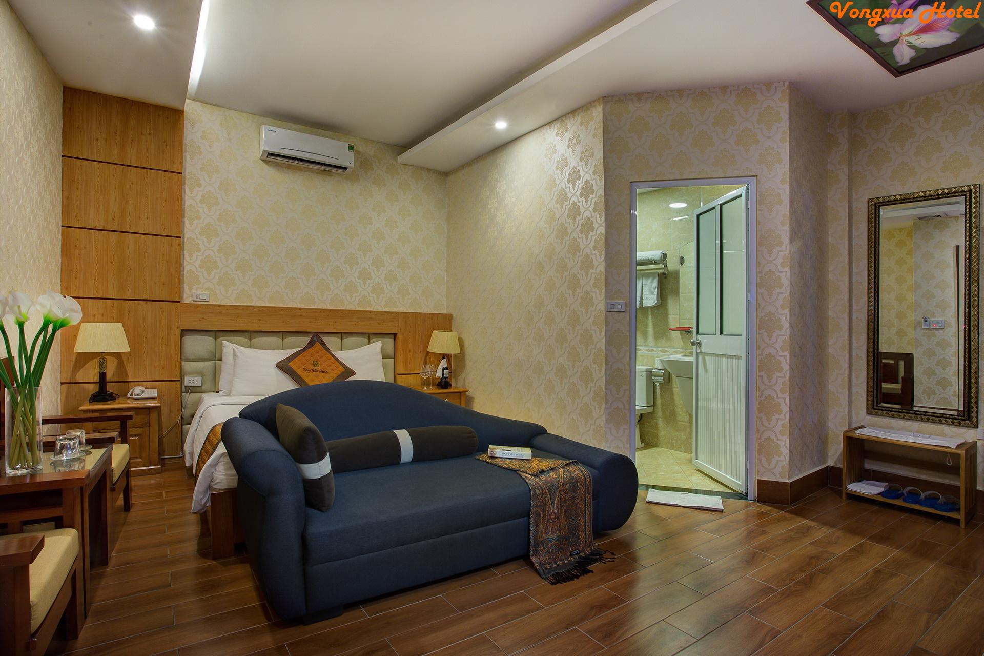 Suite 700.4.jpg