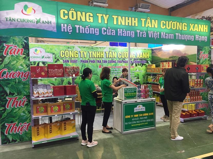 Tan Cuong Xanh trien lam che thai nguyen 1.jpg