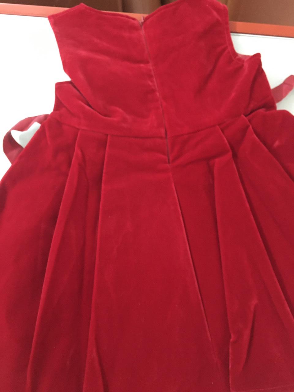váy đỏ nhung bé gái 2.jpg