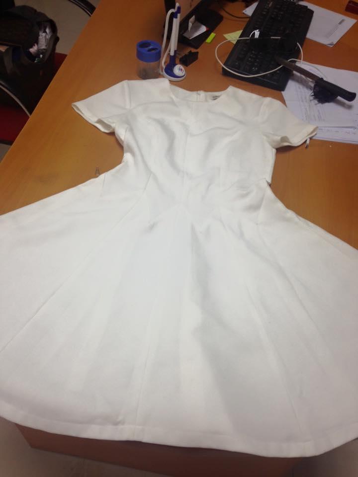 váy trắng_2.jpg