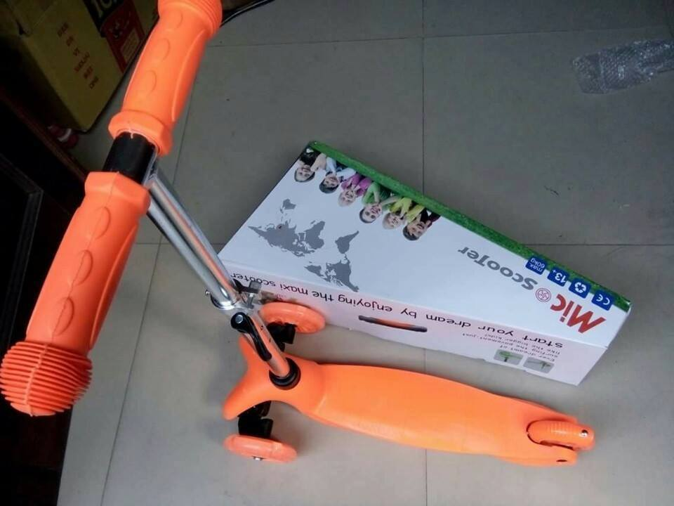 xe-truot-scooter-3-banh-1.jpg